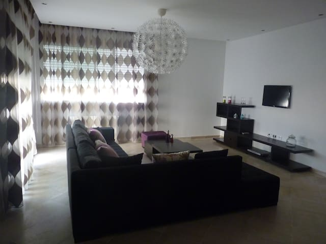 Apartment/Villa 5mn from MARSA - La Goulette - Daire