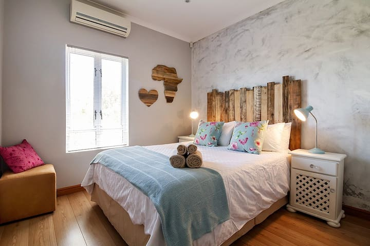 Modern Shabby Chic 2 bedroom apartment - Kaapstad - Appartement