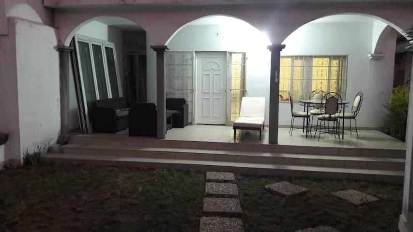 Maison individuelle à Lomé, Boulevard Circulaire