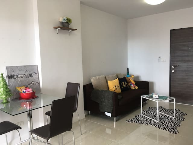 Downtown Apartment 1BD 44Sqm