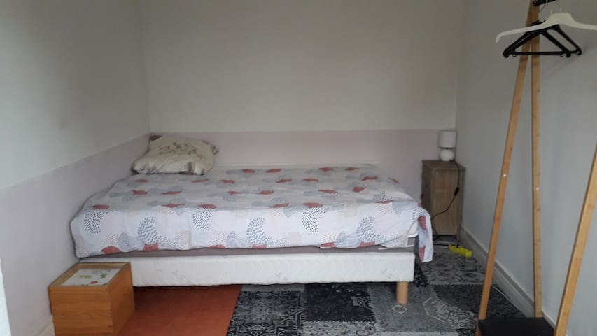 Room in a appartment