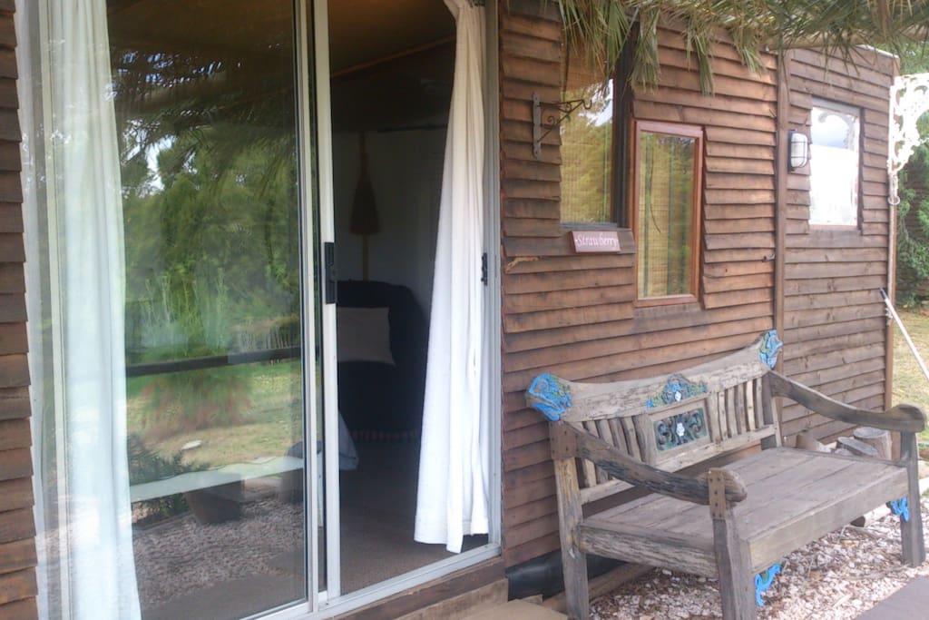 Strawberry Cabin-exterior