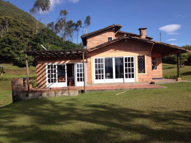 "Living in ""El Capiro"", Rionegro - Rionegro - Cottage"
