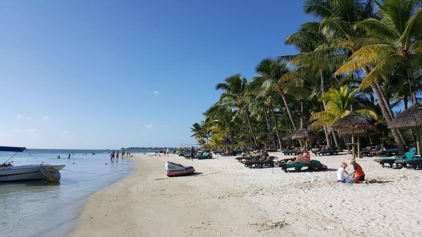 250m from the Impala Mauritius. The Trou aux biches beach. March 2017.