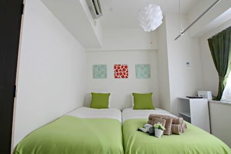 Y04 Center of DENDEN town☆2min St Kuromon Market - Apartment
