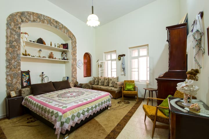 Nostalgia (Haneen) Bed & Breakfast - Názáret - Szoba reggelivel