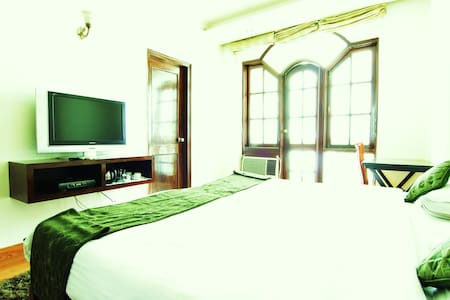 A Homely stay in Delhi !! - New Delhi - Bed & Breakfast