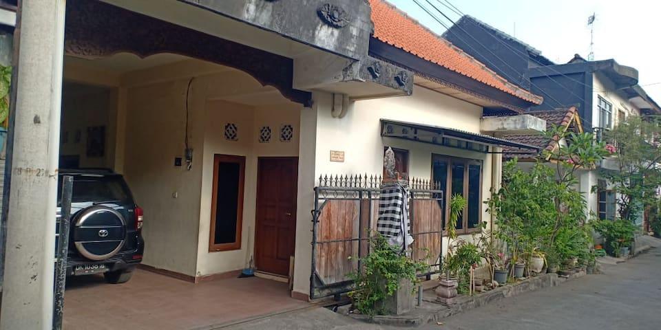 Ravaya House - Spacious, Affordable
