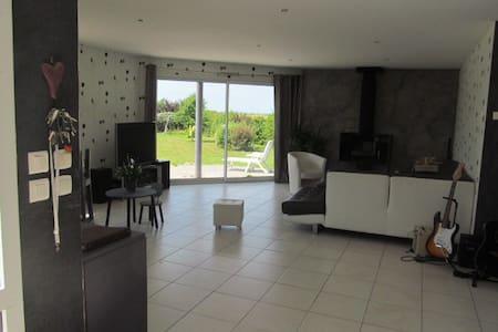 Maison 180 m2 200 m forêt d'eu et 10 mn de la mer - Monchy-sur-Eu - Hus