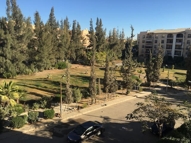 Charming 2 rooms in compound - El Shorouk City - Apartemen
