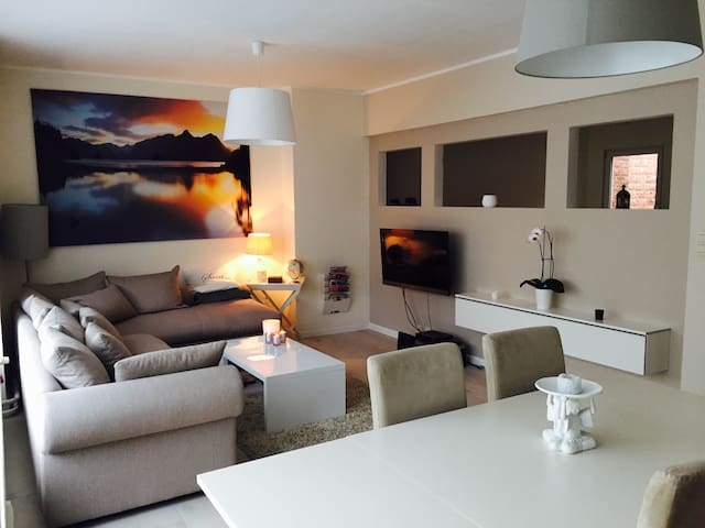 Renovated, spacious & cosy apartment in Antwerp