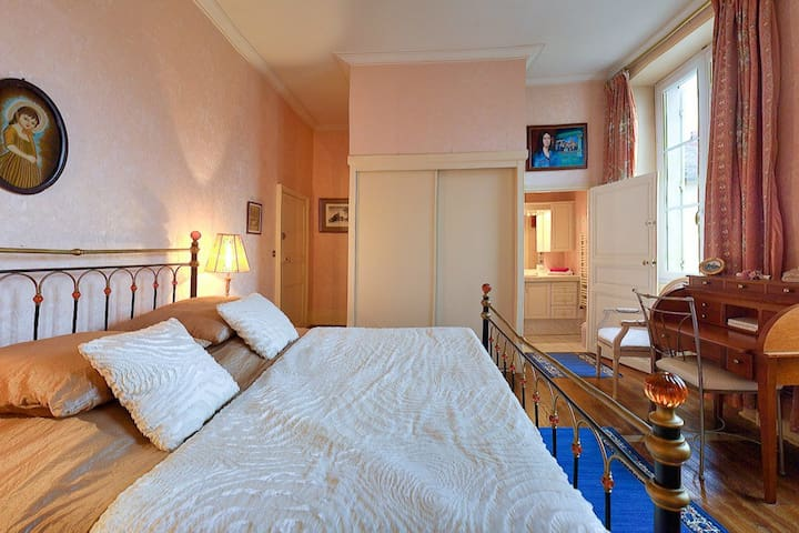Chambre George Sand - Saint Amand Montrond - Bed & Breakfast