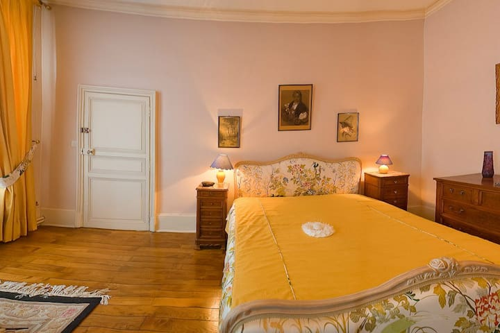Suite George Sand - Saint Amand Montrond - Bed & Breakfast