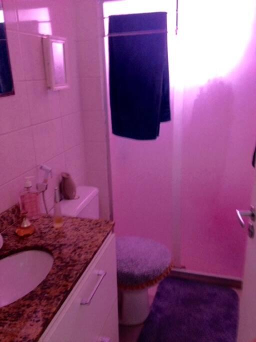 banheiro com aquecedor