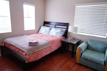 Comfy & Simple - 1 bedroom