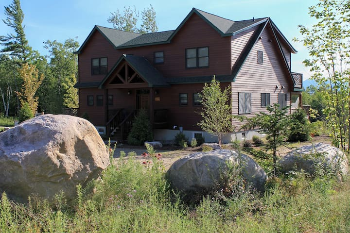 The Gorgeous and Serene Lodge at Fern Lake - Au Sable Forks - Hus