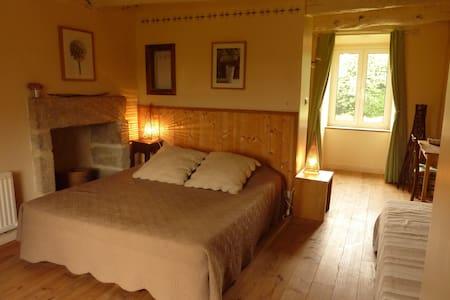 Chambres d'Hôtes Le Petit Chatelier - Saint-Samson-sur-Rance