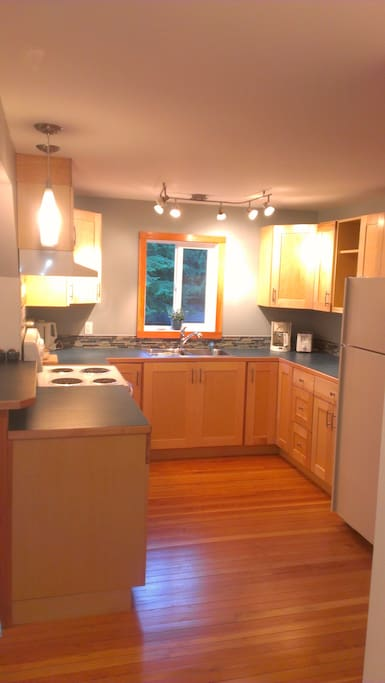 Full Size Kitchen with everything you Need to Prepare Gourmet Meals, except the Groceries.