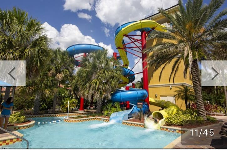 Fantasy World Resort 2 BDRMS  w free water park