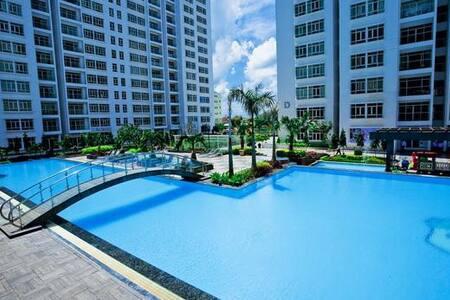 Wow! 2 bedroom, Pool & River Views - Ho Chi Minh City