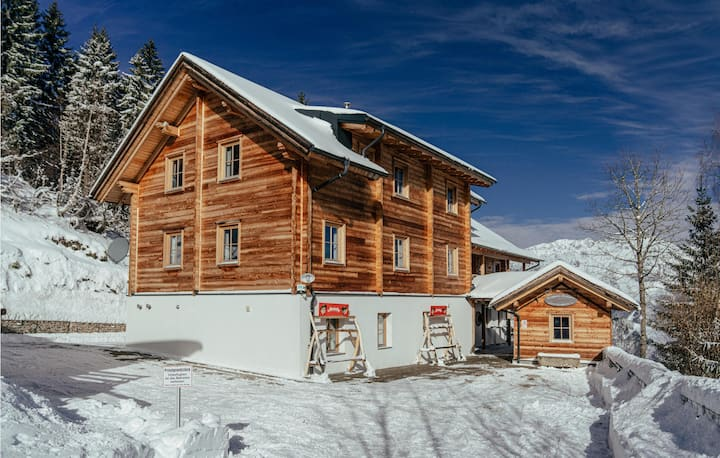 Nice home in Pruggern with Sauna, WiFi and 9 Bedrooms
