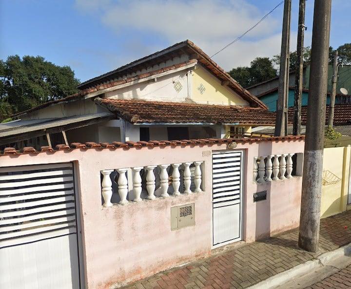 Suíte para até 4 pessoas, Centro de Itanhaém