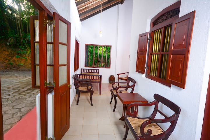 The Cinnamon Villa - Hikkaduwa