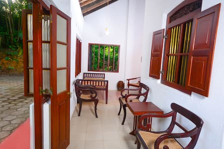 The Cinnamon Villa - Hikkaduwa - Villa
