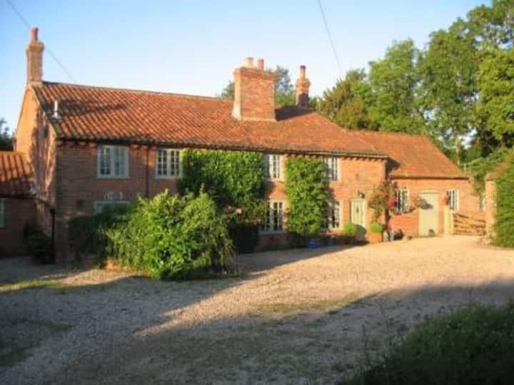 Walnut Tree House B&B near Norwich