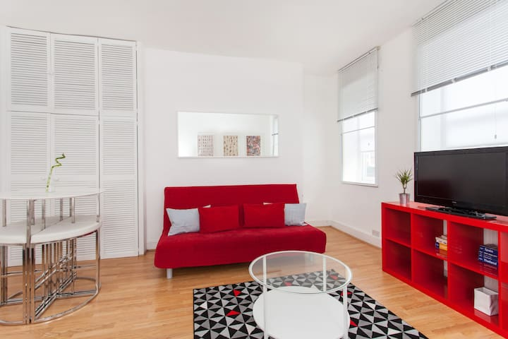 Covent Garden & Soho - Modern - Private Apartment