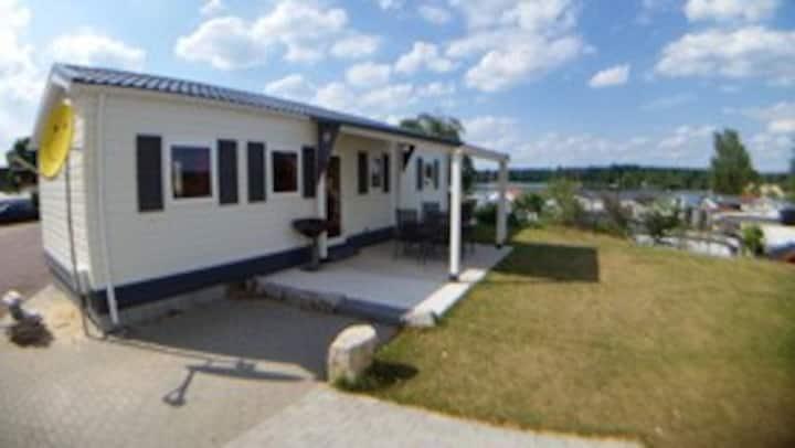 """""""ROM"""" -  Haus am See mit Sandstrand & Seeblick nahe Rhein-Main und Spessart"""