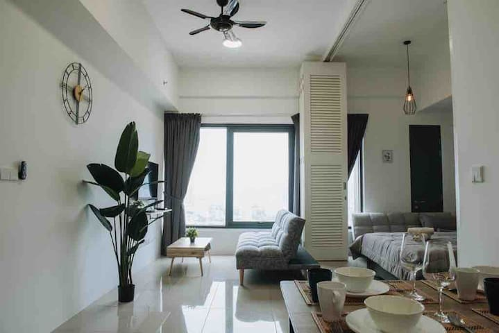The Top-high floor George Town condo w nice view