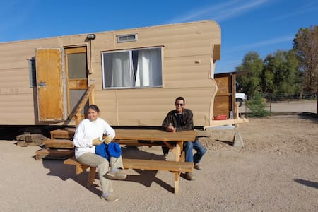 Desert Travel Trailer Hideaway - Hinkley - Camper/RV