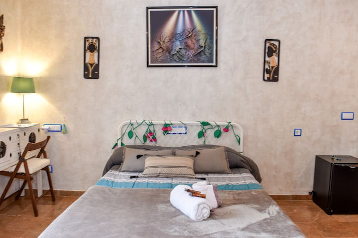 habitacion SAHARA, para tres personas