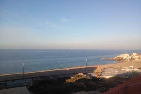 F2  avec balcon et demi vue sur mer. - Boumerdes - Apartment