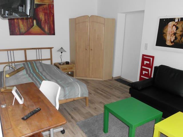 helles,komfortables Appartement mit Küche und Bad