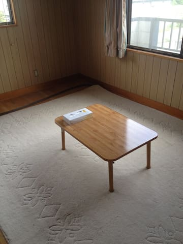 Located 11 stops north of Akita st.白神山地・青池 - Ōdate-shi - House