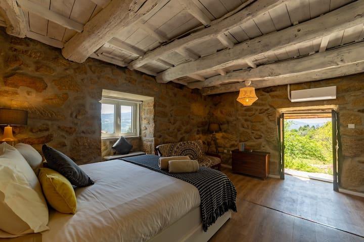 Douro Valley Home