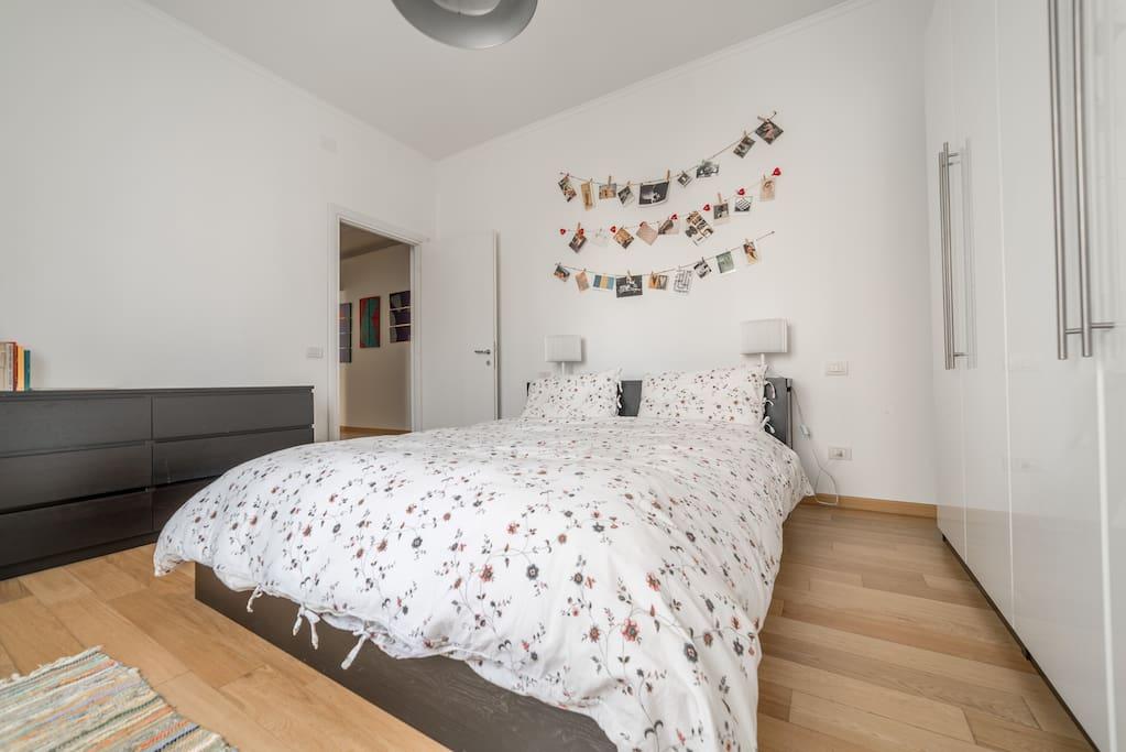Appartamento moderno e minimal chic appartamenti in for Appartamenti arredati in affitto a parma