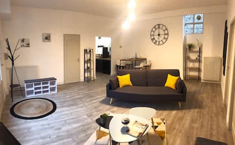 Appartement neuf 90m2 HYPER centre chambre 14m2