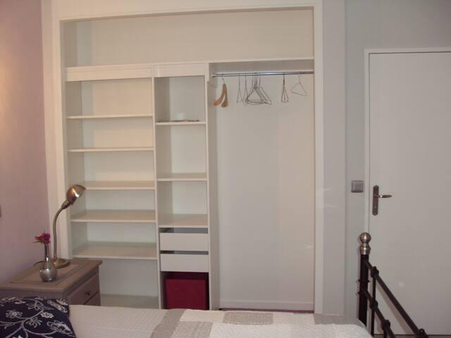 Grande chambre dans appartement à Thorigny (77)