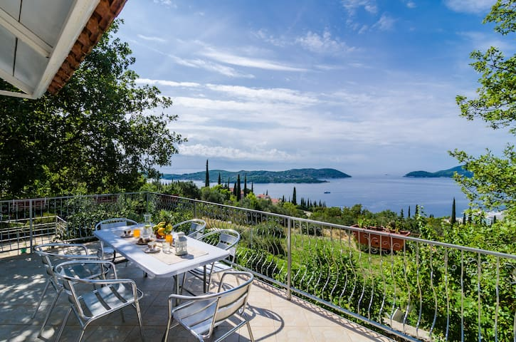 Apt Knezevic - Two Bedroom w/ Terrace & Sea View - Orašac - อพาร์ทเมนท์