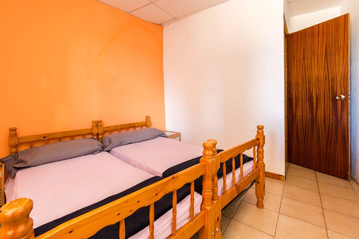 Alberg La Solana - 11 - Double Room With Two Single Beds (2 Guests) - Salàs de Pallars