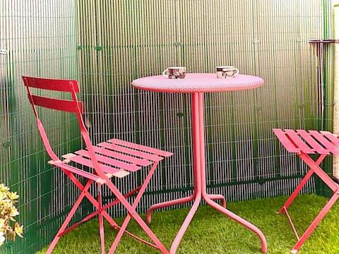 Hyper mini studio/mezzanine, balcon, soleil, calme