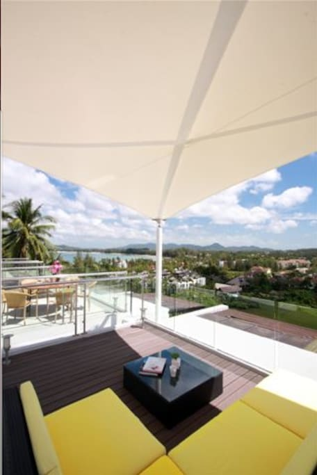 Huge rooftop terrace for dining and chilling out