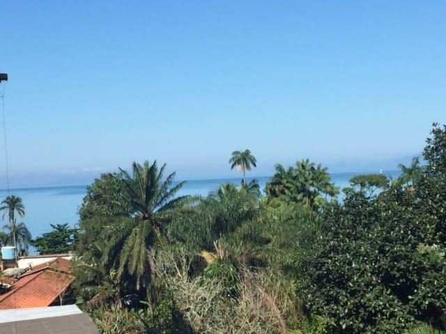 Lindo Apto. completo a 80 m da Praia da Enseada - Enseada - Apartemen