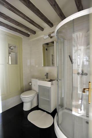 Nice bathroom with shower cabin