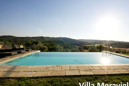 Villa with Swimming pool in Tuscany - Monte San Savino