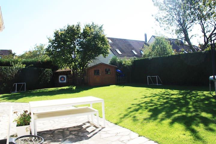 > Modern House with nice garden