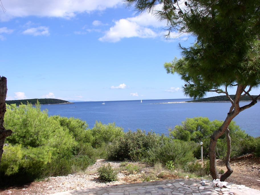 Million Dollar view from Vis-Villa